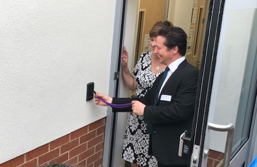 Nigel opening the new classroom block.